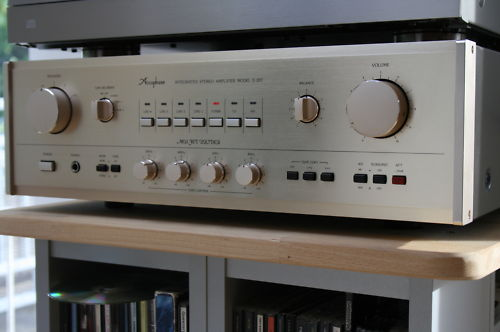 Accuphase 207.JPG