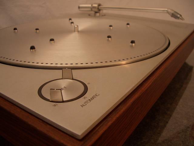 bang olufsen beogram 1203 hifi. Black Bedroom Furniture Sets. Home Design Ideas