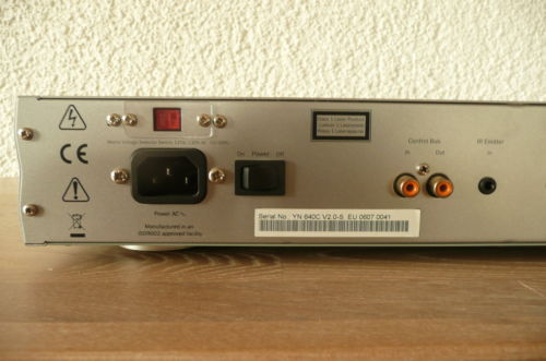 Cambridge Audio Azur 640C V2.0 back 1.jpg